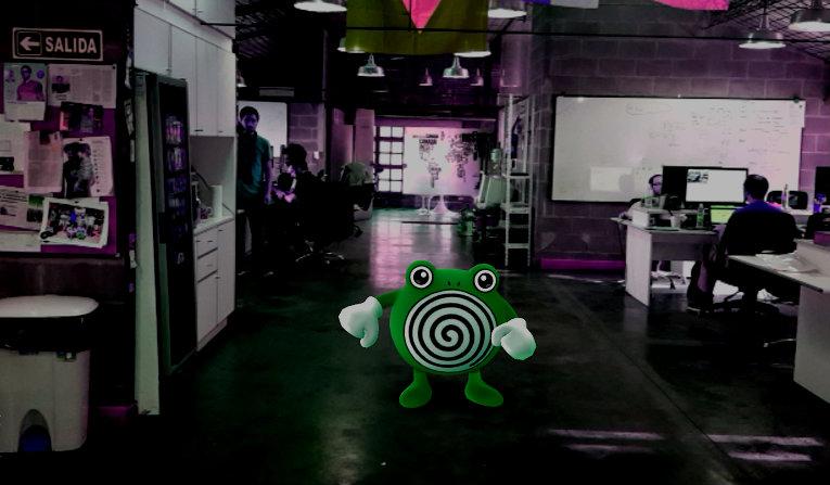 Un Pokemon en las oficinas de Properati.